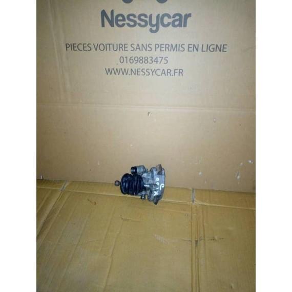 NOVA Zacisk hamulcowy prawy tylny Ligier Nova, XTOO 1, XTOO 2, XTOO MAX, XTOO S, XTOO R, XTOO RS używany